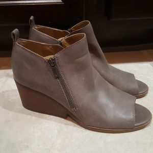 LUCKY BRAND Leather Booties - Size 9